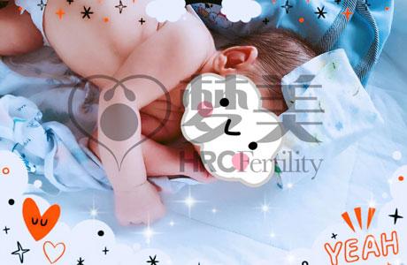 恭喜恭喜,二胎混血试管小宝贝顺利诞生-美国武汉代孕试管婴儿